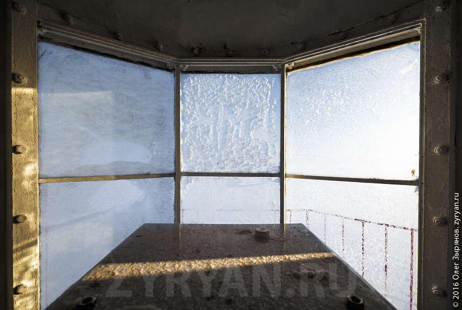 Внутри маяка: Кронштадтский створ.